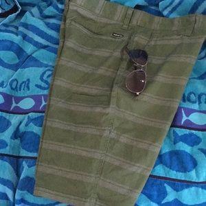Green Quicksilver shorts NWT